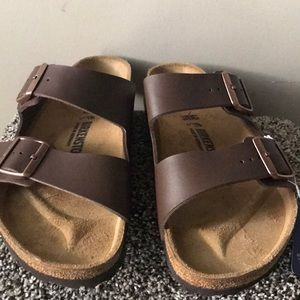 Nwot- Birkenstock Arizona oil leather